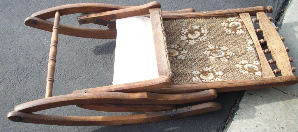 ... Folding Rocking Chair ...